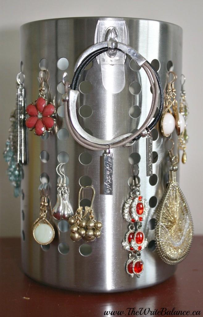 organize long earrings