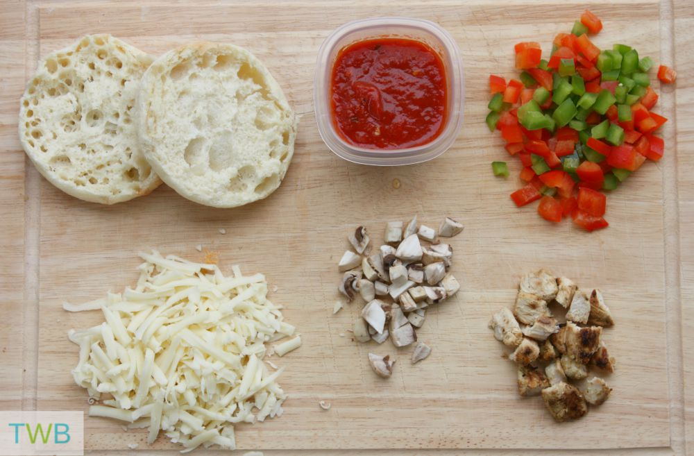 English Muffin Pizza ingredients