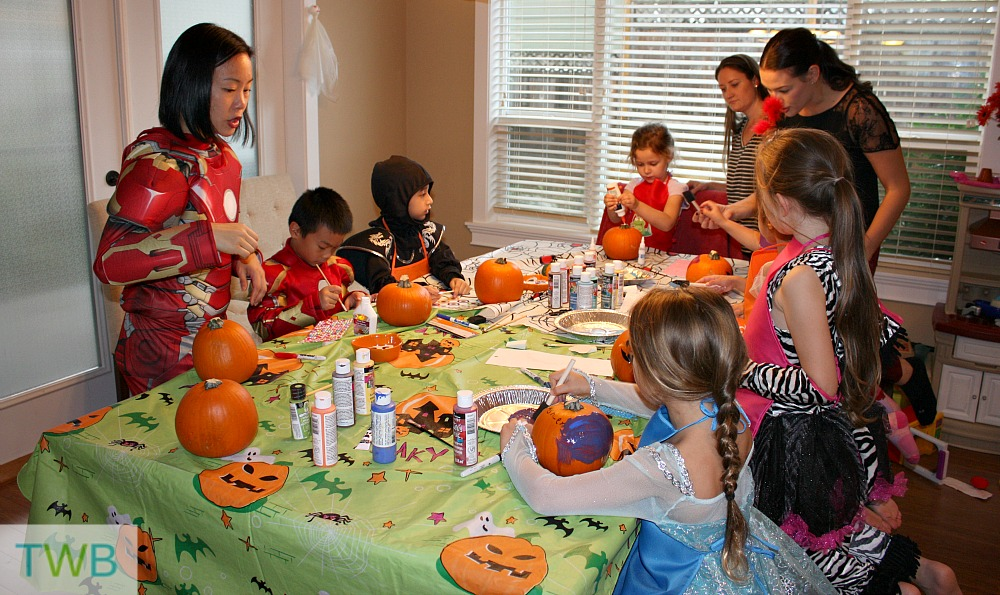 Pumpkin decorating party - painting