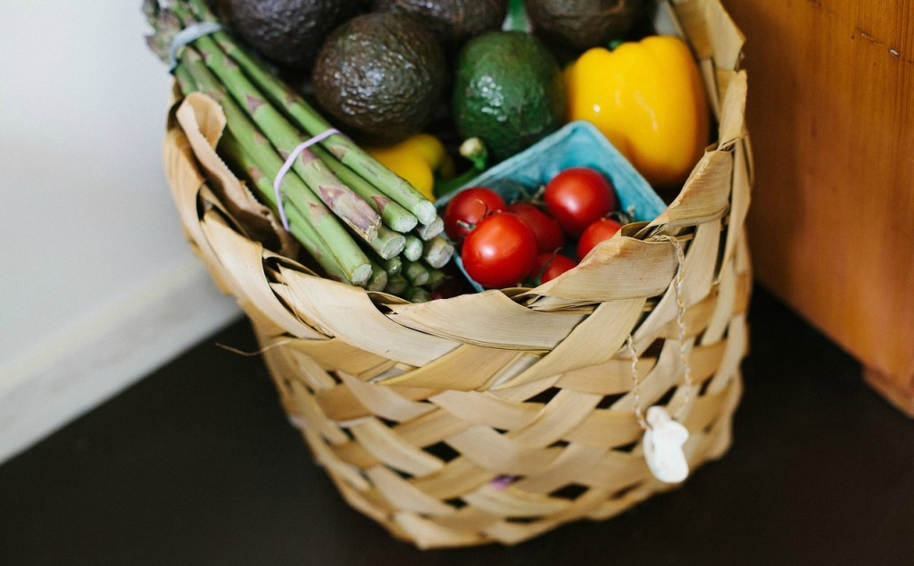 grocery basket for clean eating plan