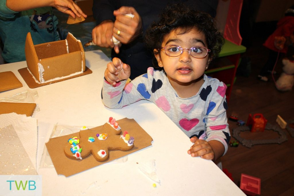 3rd-gingerbread-party-zoya