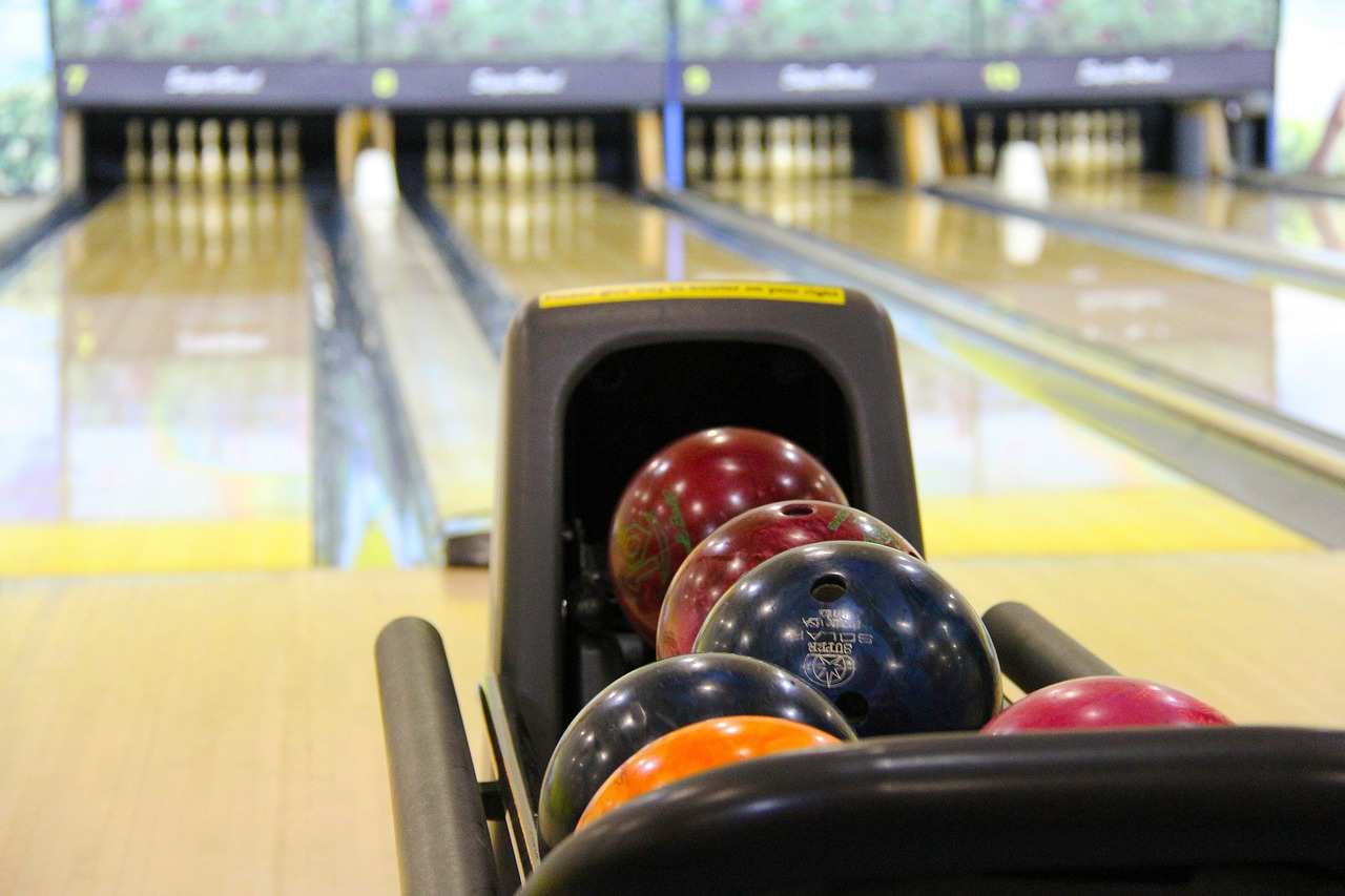 Birthday party ideas - bowling