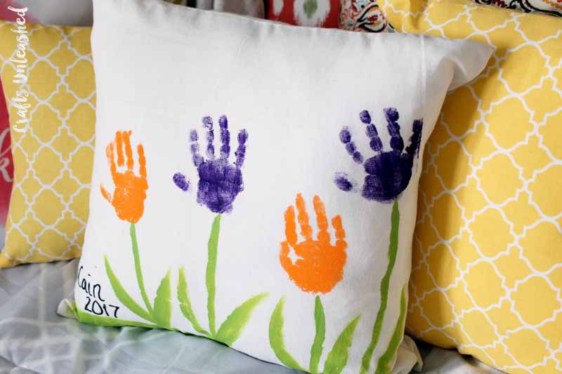 Homemade Mother's Day Gift Ideas - handprint pillow