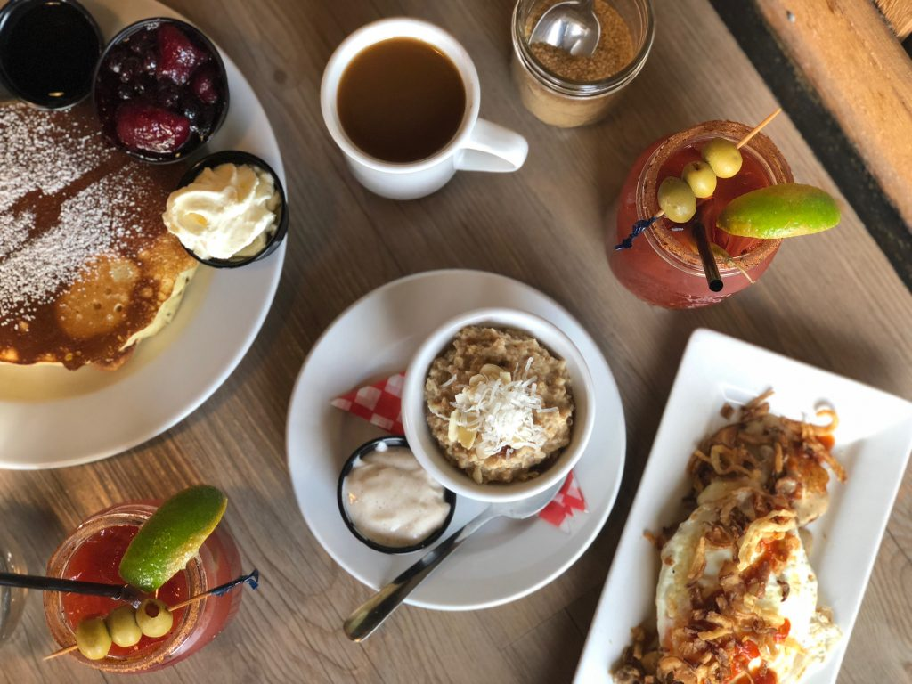 6 Places to Eat in Cowichan - The Old Fork