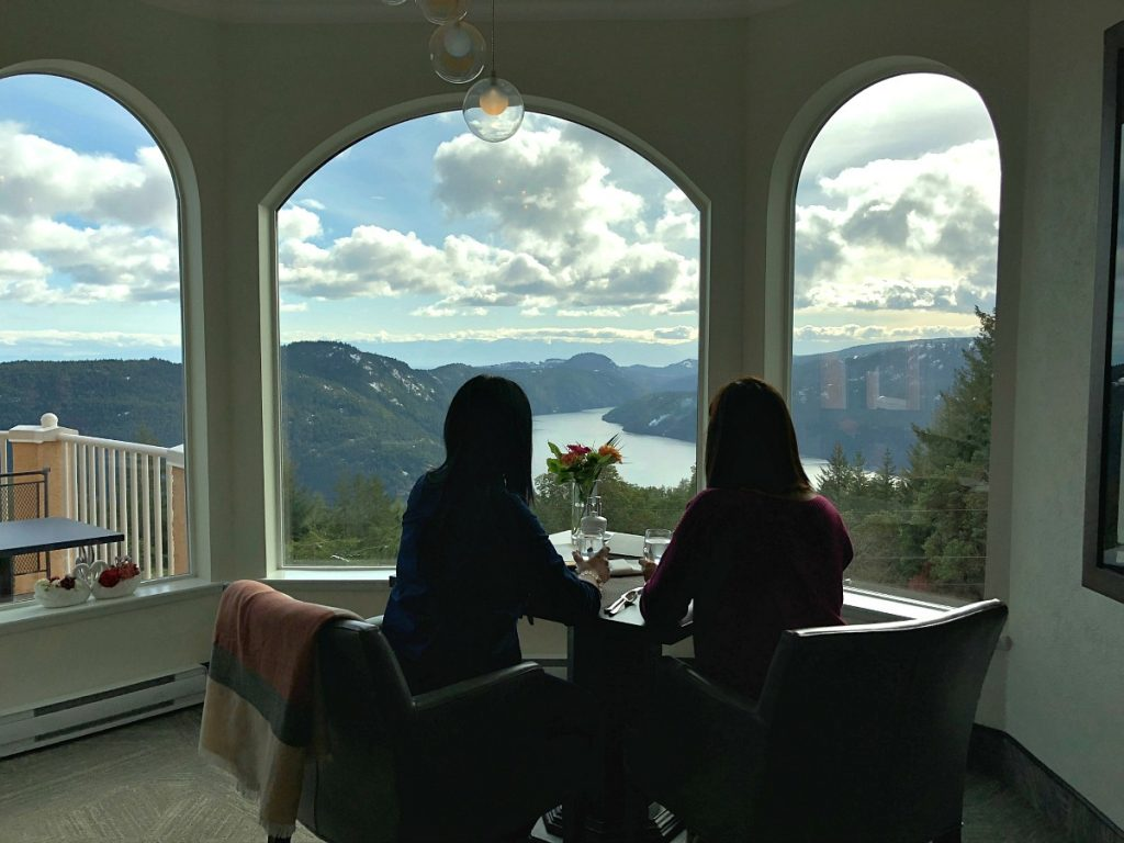 Where to stay in Cowichan - Villa Eyrie